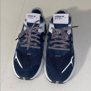 Adidas youth size 7 navy shoes